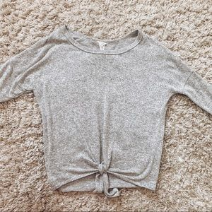 Caution to the Wind soft gray knot front top